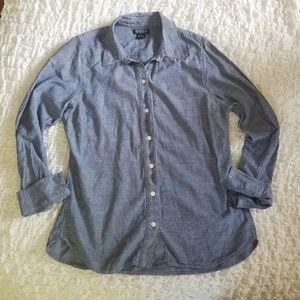 Lucky brand button up chambray shirt size medium